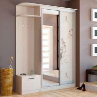 Шкафы-купе: преимущества данного типа мебели