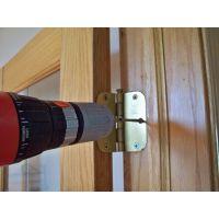 Восстановление межкомнатных дверей: ремонт полотна