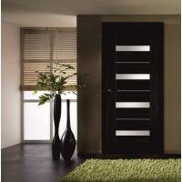 Межкомнатные двери венге: характеристика материала, цвет, достоинства и недостатки