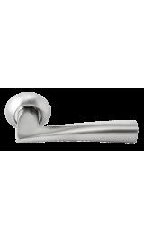 Дверная ручка RUCETTI RAP 18 SN/CP Цвет - Белый никель/хром